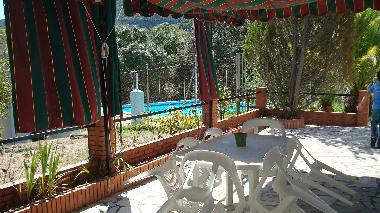 Fotos casa de vacaciones jabugo espa a finca el carrascal for Piscina el carrascal