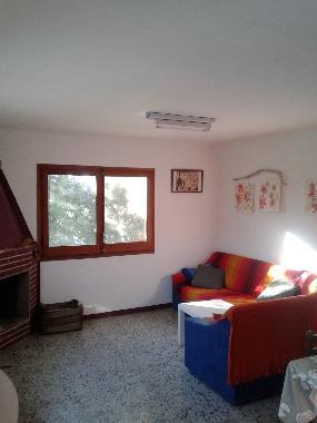 Fotos apartamento de vacaciones caspe zaragoza espa a la casa de las burbujas azules - Paginas para alquilar apartamentos vacaciones ...